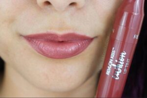review lipstik revlon matte