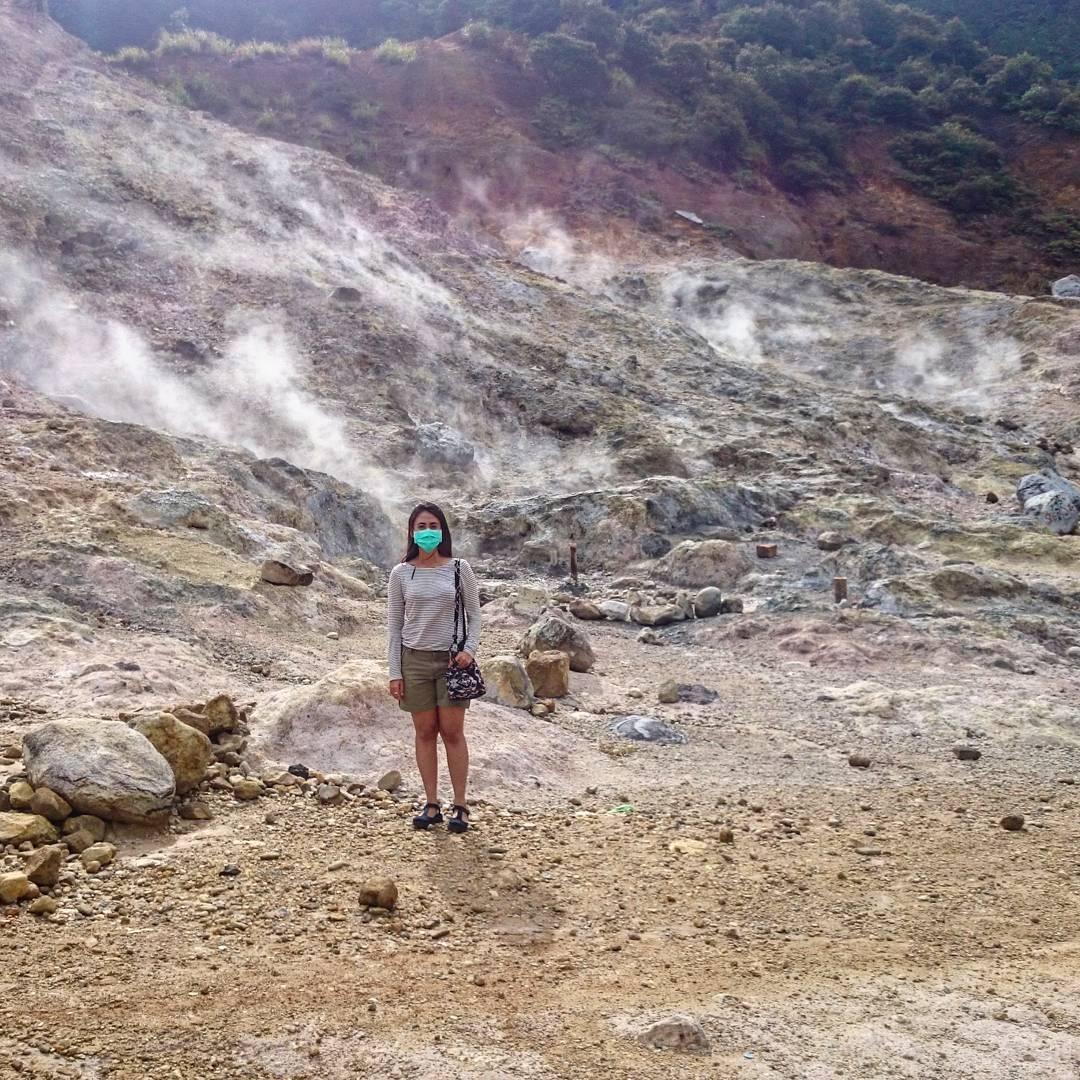 Kawah Sikidang Dieng via ladanseviolette