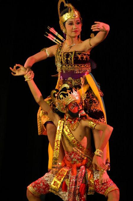 34 Tari Tradisional Asal Indonesia | @CekAja