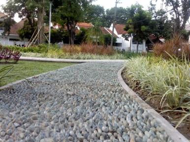 Jalur Refleksi Kaki Taman Paliatif