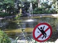 Kolam ikan Taman Flora