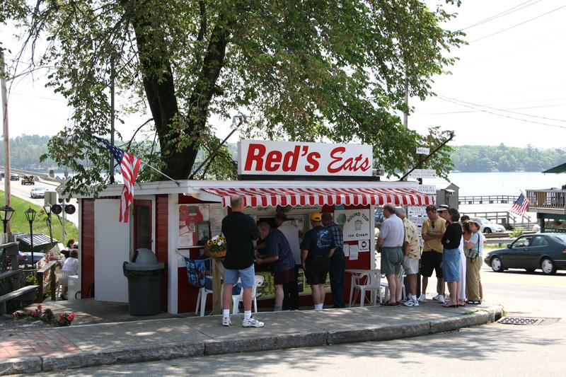 Red's Eats is a classic roadside food stand nationally famous for their lobster rolls. 3 miles from Wiscasset Woods Lodge