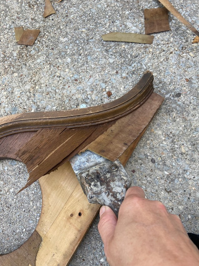 Prying up veneer with a putty knife