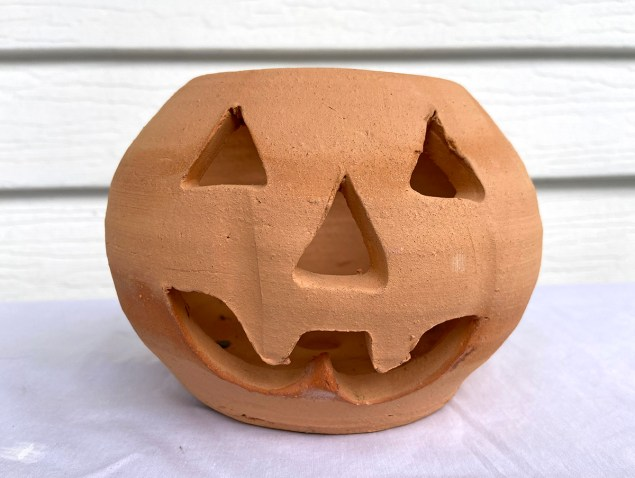 Craven Pottery terra cotta pumpkin