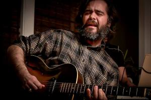 Monday Music at the FireHouse: Neil Davis @ Story Hill FireHouse