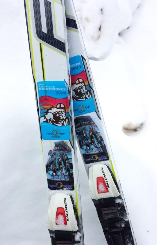 Skis with Korte Stickers