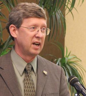 Bill Vander Zouwen, facilitator of the wolf advisory committee.