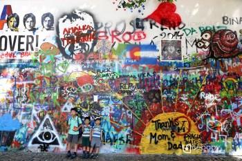 布拉格 | 小城區IG打卡熱門景點。藍儂牆John Lennon Wall