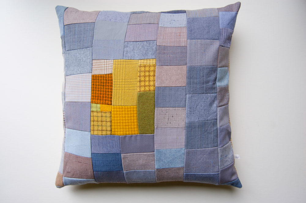 pillow-gray-with-mustard-front