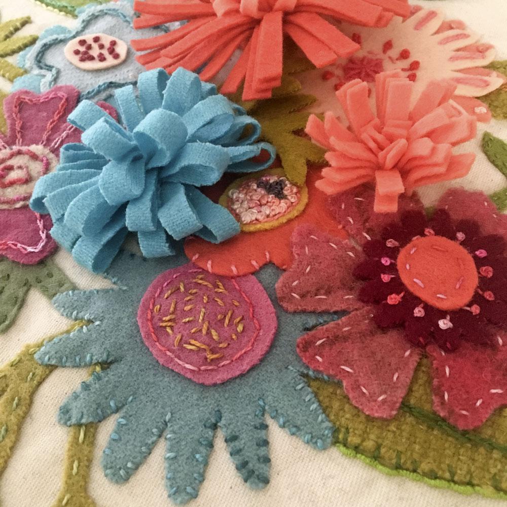Wool appliqué stitch along