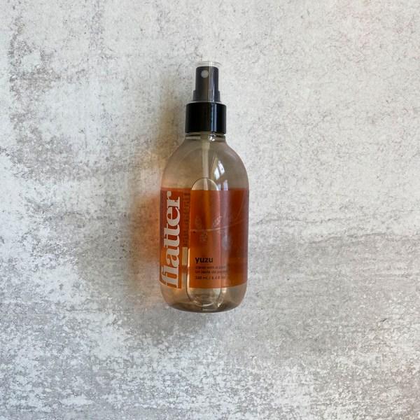 Flatter Spray Yuzu scent