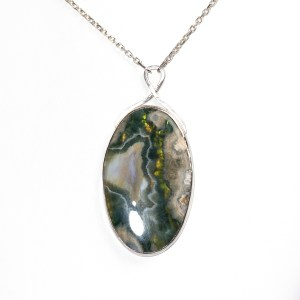 Sterling silver pendant with large moss agate