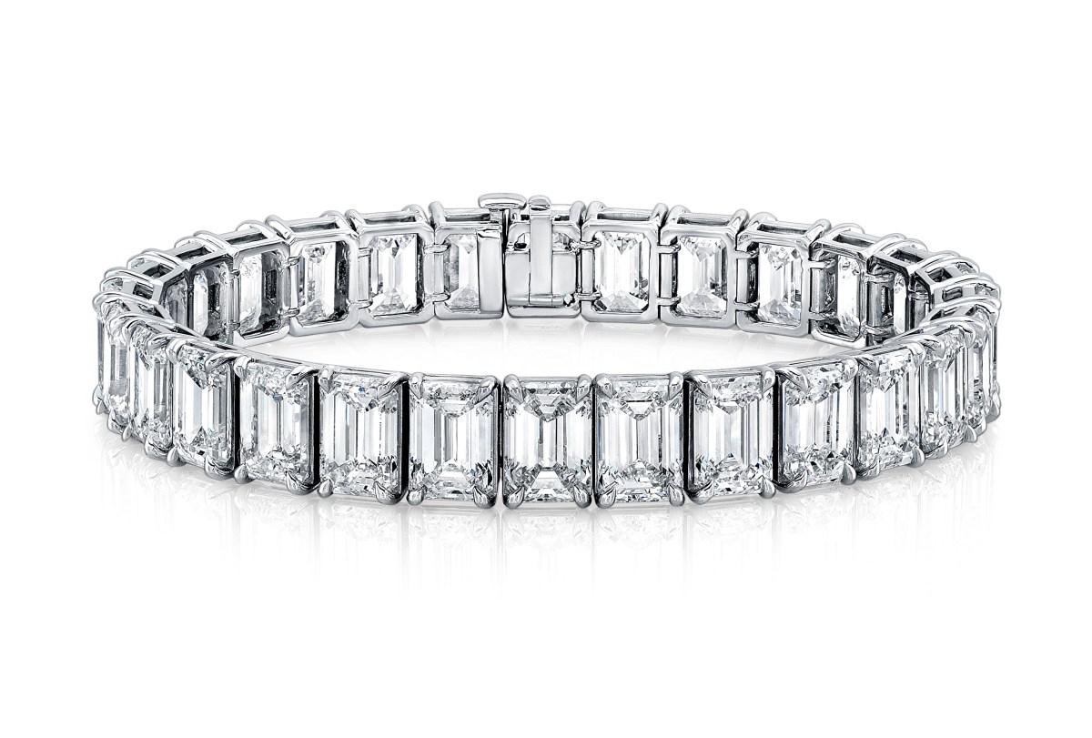 a020d5b4cdc4 Emerald Cut Diamond   Platinum Bracelet – Stephen Wiseley Jewelers