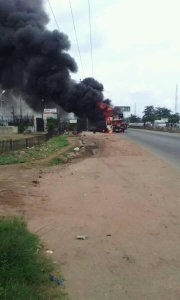 PHOTOS: Another Fire Incidence Happens In Ibadan #prayfornigeria