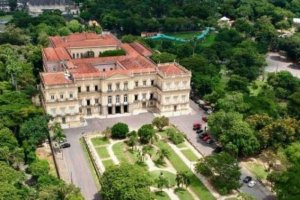 PHOTOS: Fire Destroys Brazil's200-Year-Old National Museum