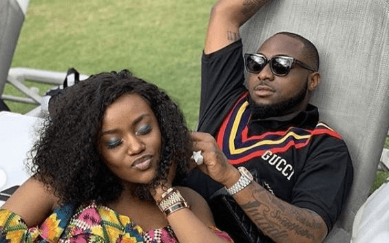 The Moment Davido & Chioma Kissed On Stage At His Sold Out Concert (Video)