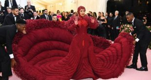 See Cardi B 's Outfit At Met Gala Everyone's Talking About (Photos)