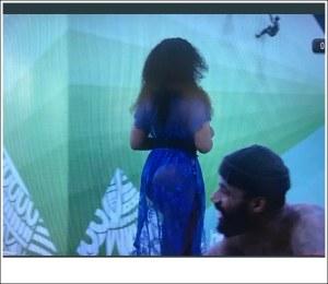 #BBNaija: Mike Caught Staring At Tacha's Bumbum (Video)