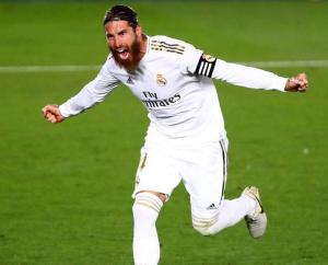 Sergio Ramos celebrate his winning goal in real madrid vs getafe match