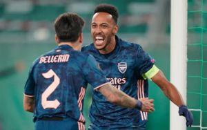 Rapid Vienna vs Arsenal 1-2 Highlights