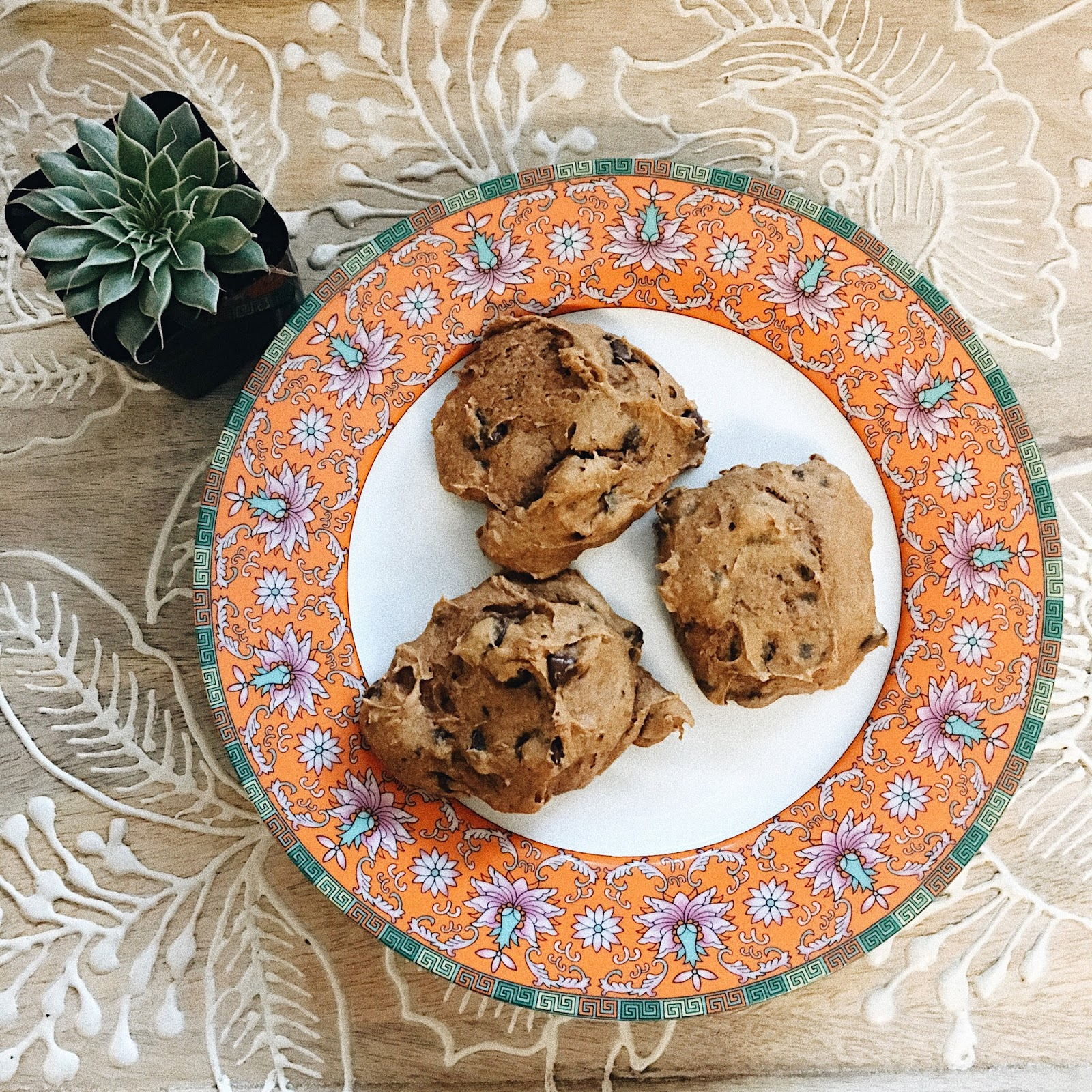 What to Do For Valentine's When You're Single pumpkin chocolate chip cookies
