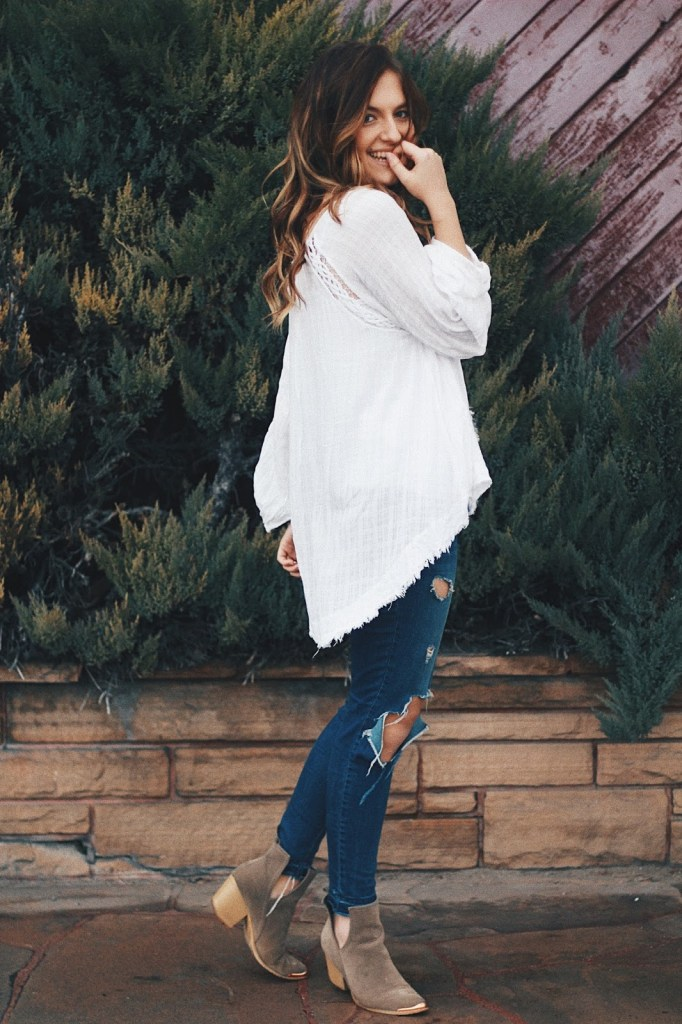 get happy right now free people casual peasant blouse ripped jeans outfit