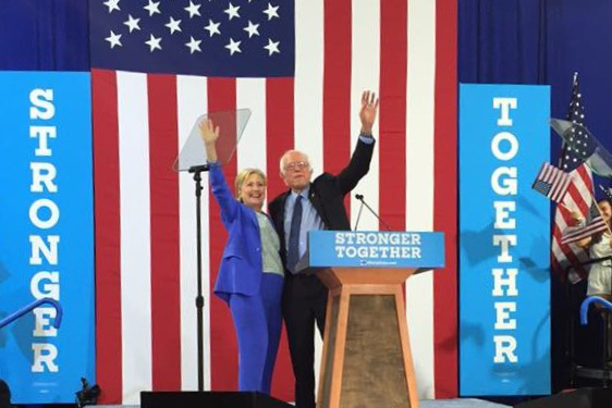 Bernie Sanders endorses Hillary Clinton at rally in Portsmouth, NH