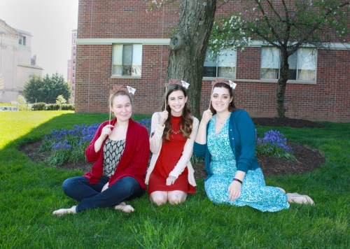 Kaitlyn Gallagher poses outside with Claire and Erin for Wishbonafide Episode 10.