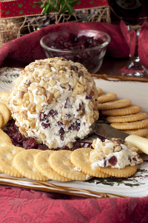 Cranberry Walnut Cheeseball {Wishes & Dishes}
