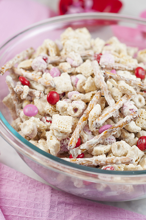 Cupids Crunch Chex Mix Wishes And Dishes