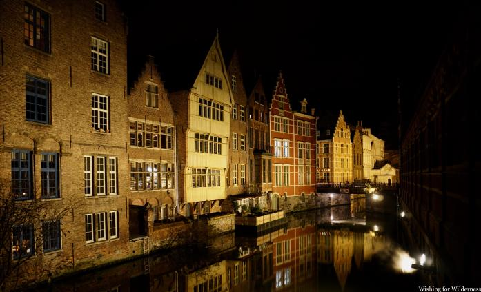 A night picture of a canal in Ghent