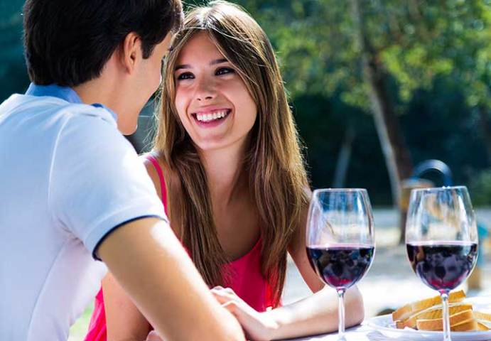 Romantic Questions to Ask a Girl Over Text