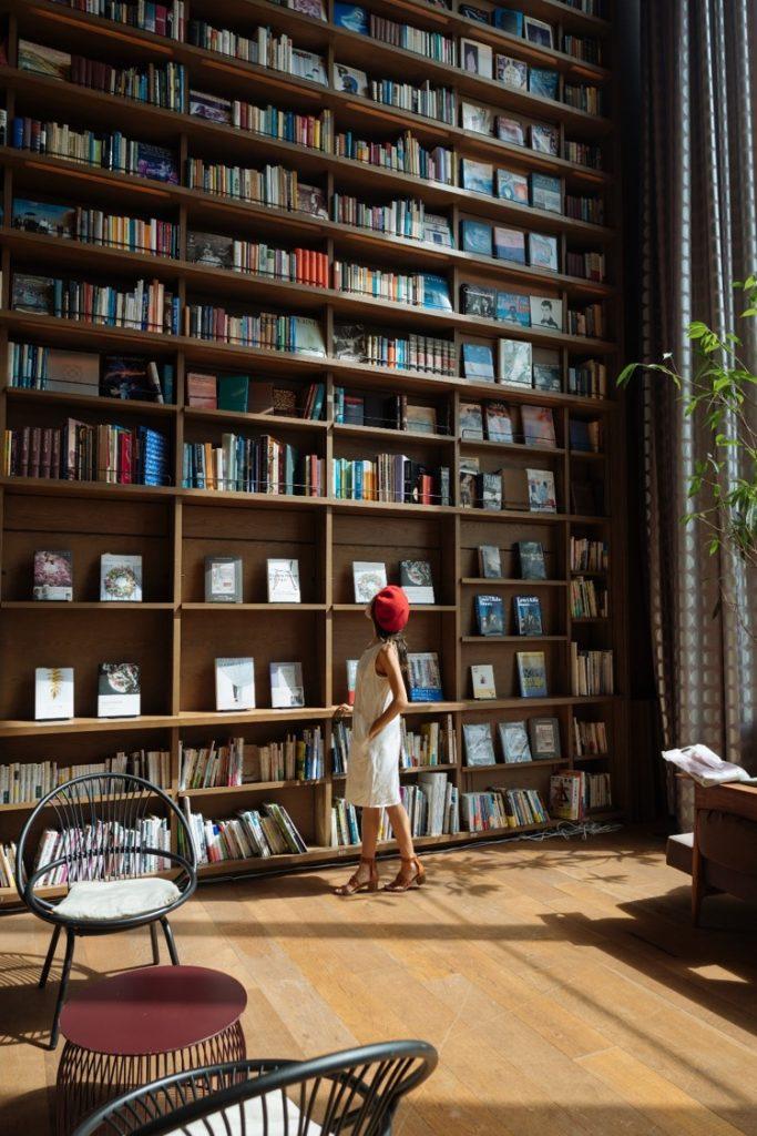 Hirakata T-Site Book Wall Image #13 - witandfolly.co