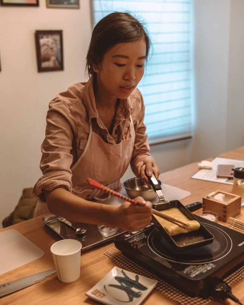 girl cooking tomago yaki