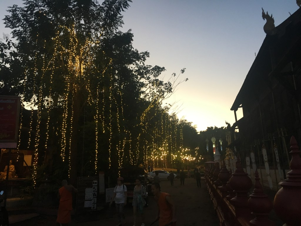 Photo of Wat Phan Tao at sunset in Chiang Mai, Thailand