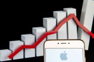 Apple Revenues Tank As iPhone Sales Slow