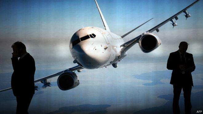 Novas tecnologias, como wifi a bordo, desafiam segurança em aviões