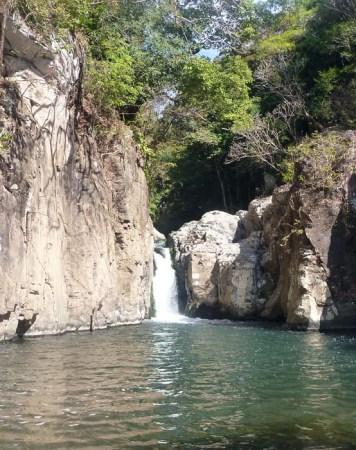 A perfect pool waterfall