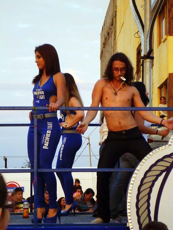 This guy was just funny :) Carnaval Mazatlan