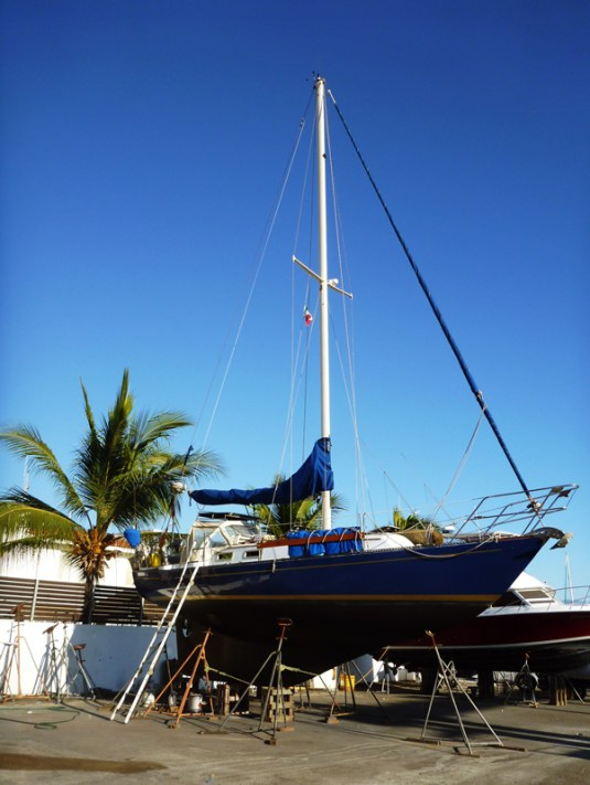 Brio - 33' sailboat - in the workyard at La Cruz Shipyard