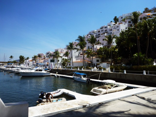 The (pricey) dinghy dock at Las Hadas!