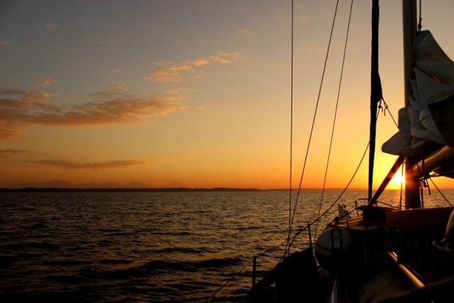 Well good morning El Salvador! Anchorage outside Bahia del Sol