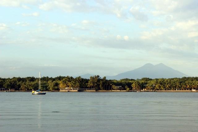 Bahia del Sol - Brio at anchor