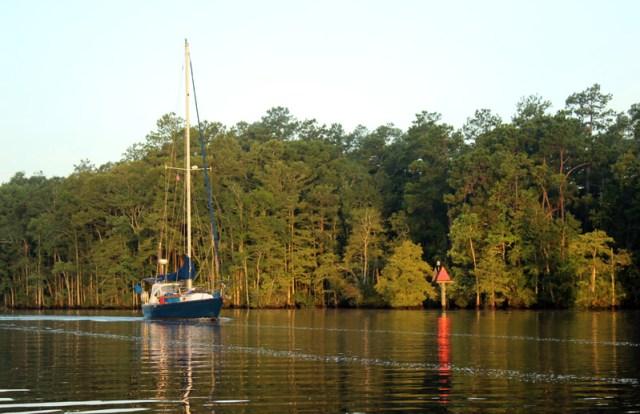 Waccamaw River on the Intracoastal in South Carolina Brio