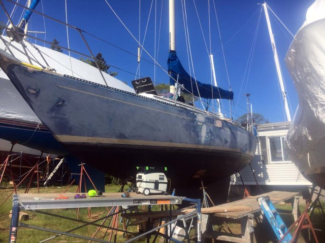 Painting the topsides - sanding the topsides - so much prep before you can paint Alexseal
