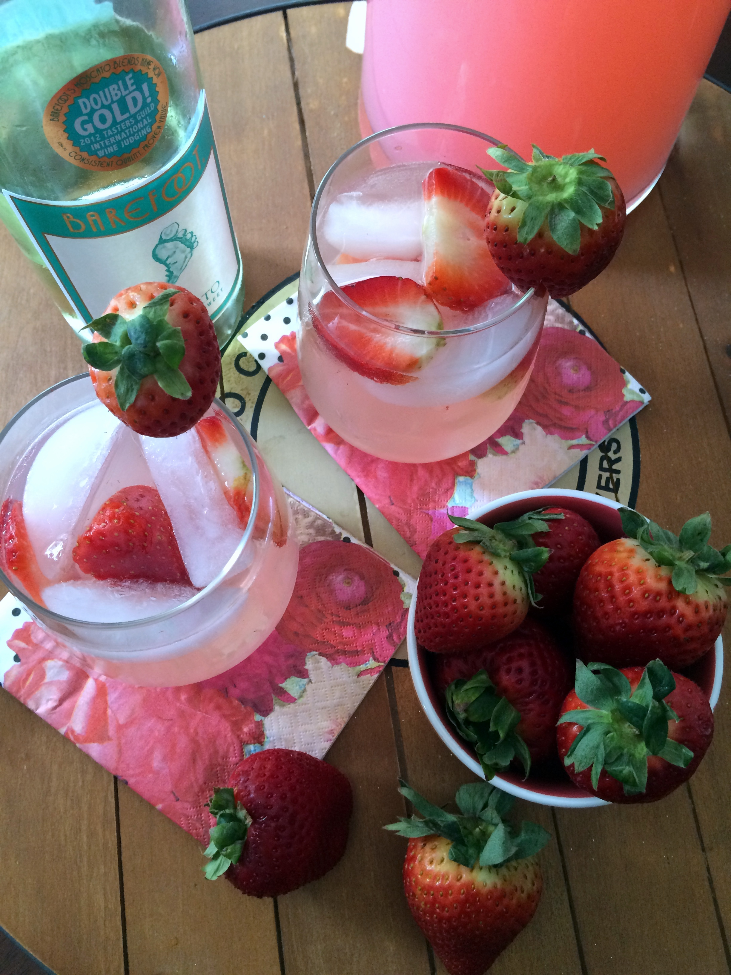 Strawberry lemonade, Moscato wine, and fresh strawberries make for a great drink!