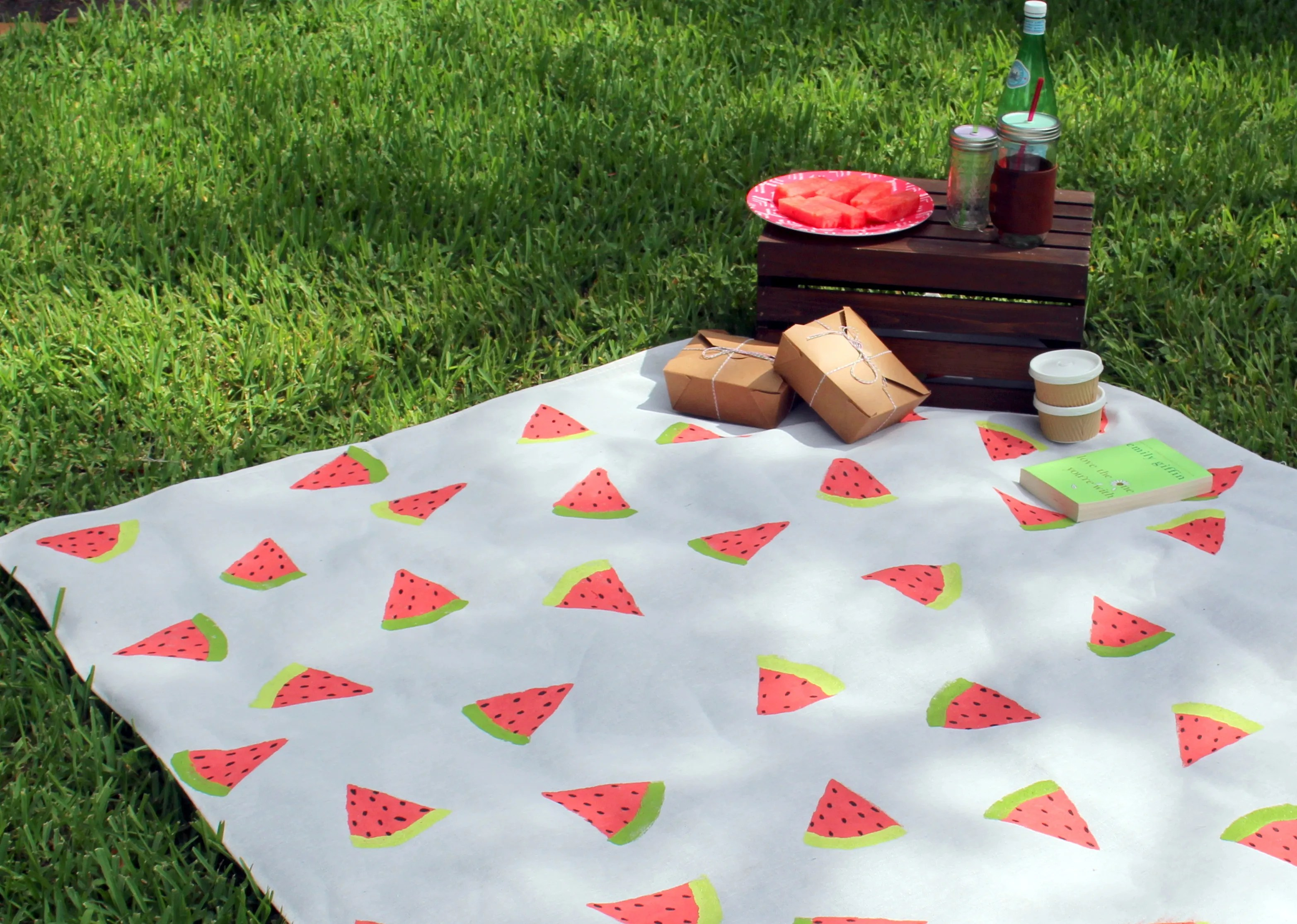 Picnic blanket for this summer