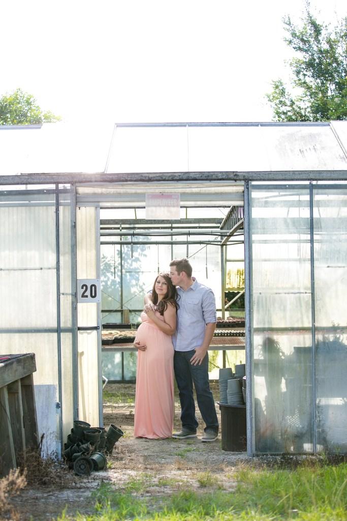 Cactus Greenhouse Maternity Photoshoot