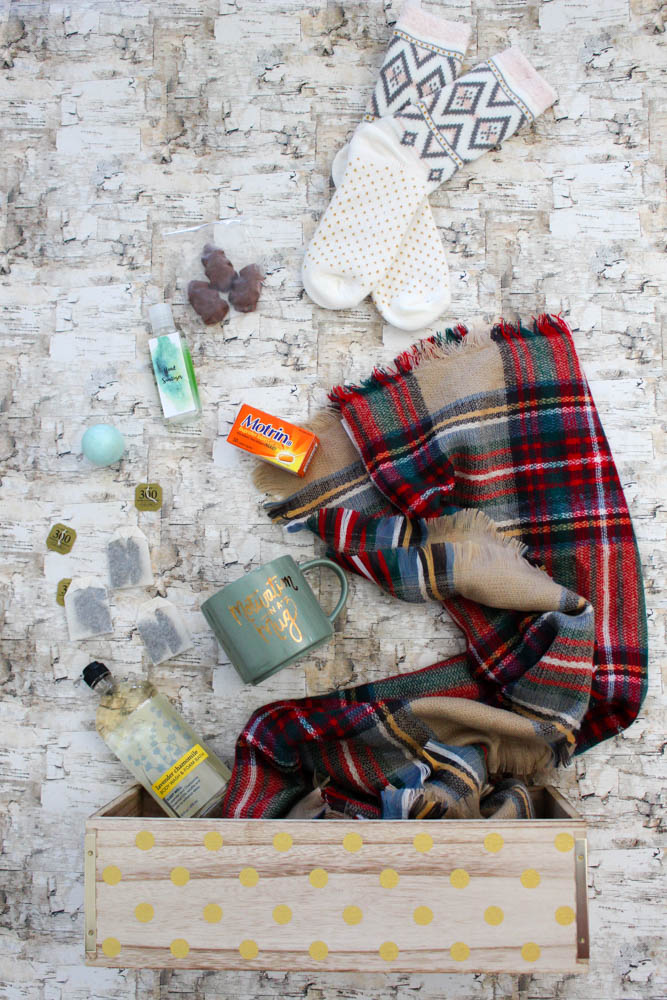 supplies-needed-for-a-winter-survival-toolkit