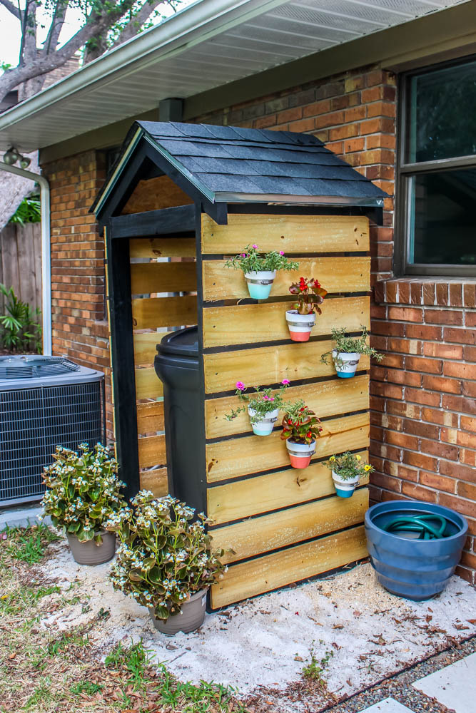 Home project diy trash can shed for curb appeal for Shed project